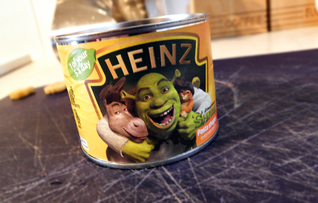 A can of Heinz Shrek pasta